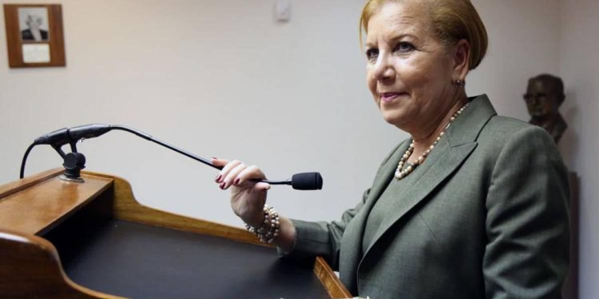 Alcaldesa de Loíza insiste en la importancia de la educación pública