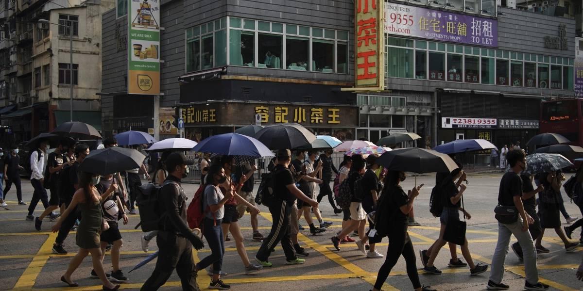 Grupos de manifestantes vuelven a marchar en Hong Kong