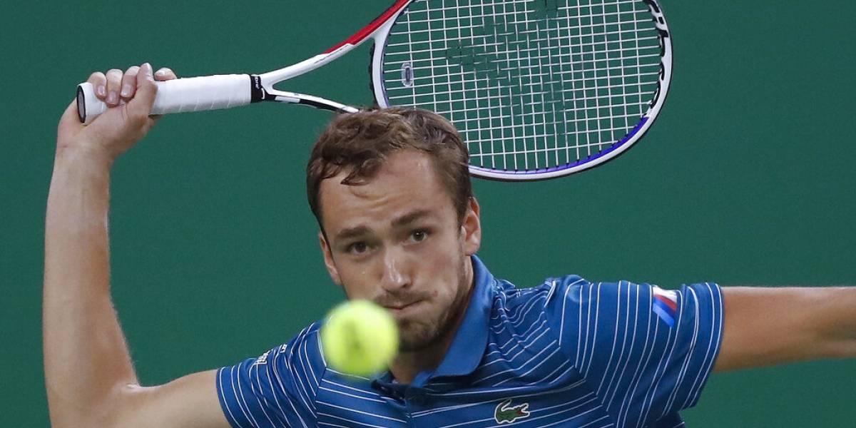 Daniil Medvedev y Alexander Zverev disputarán la final en Shanghái