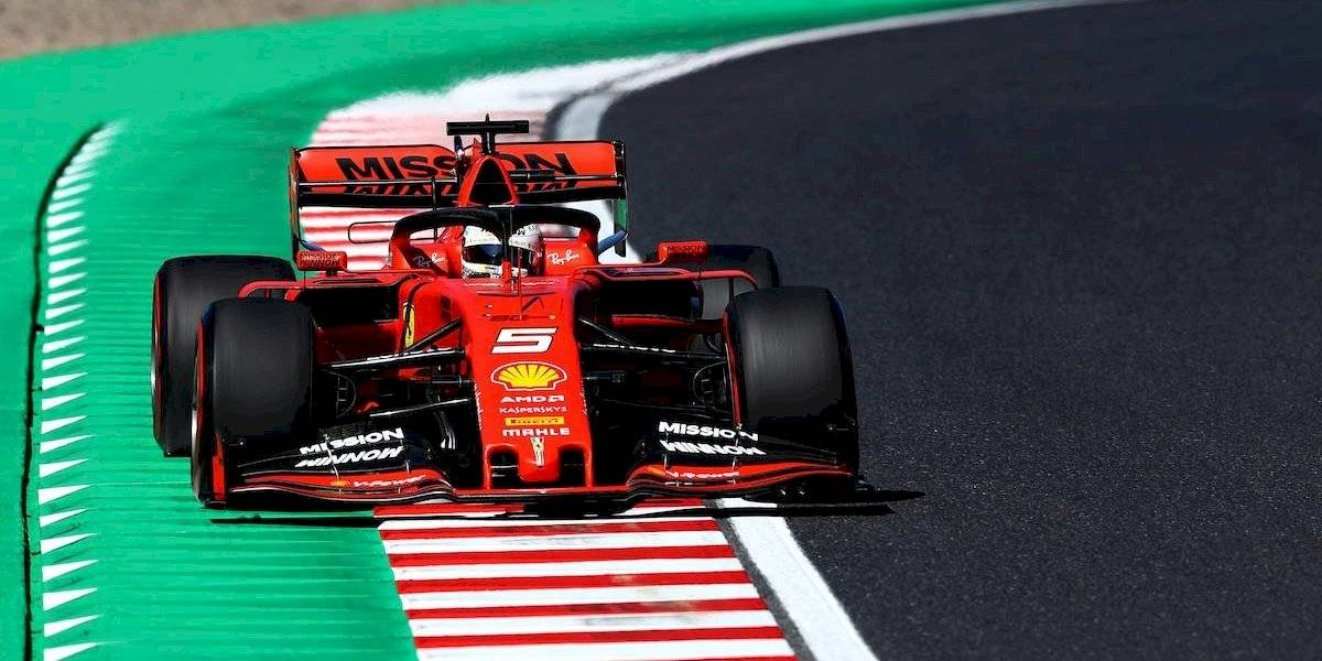 Sergio Pérez choca en última vuelta de GP de Japón