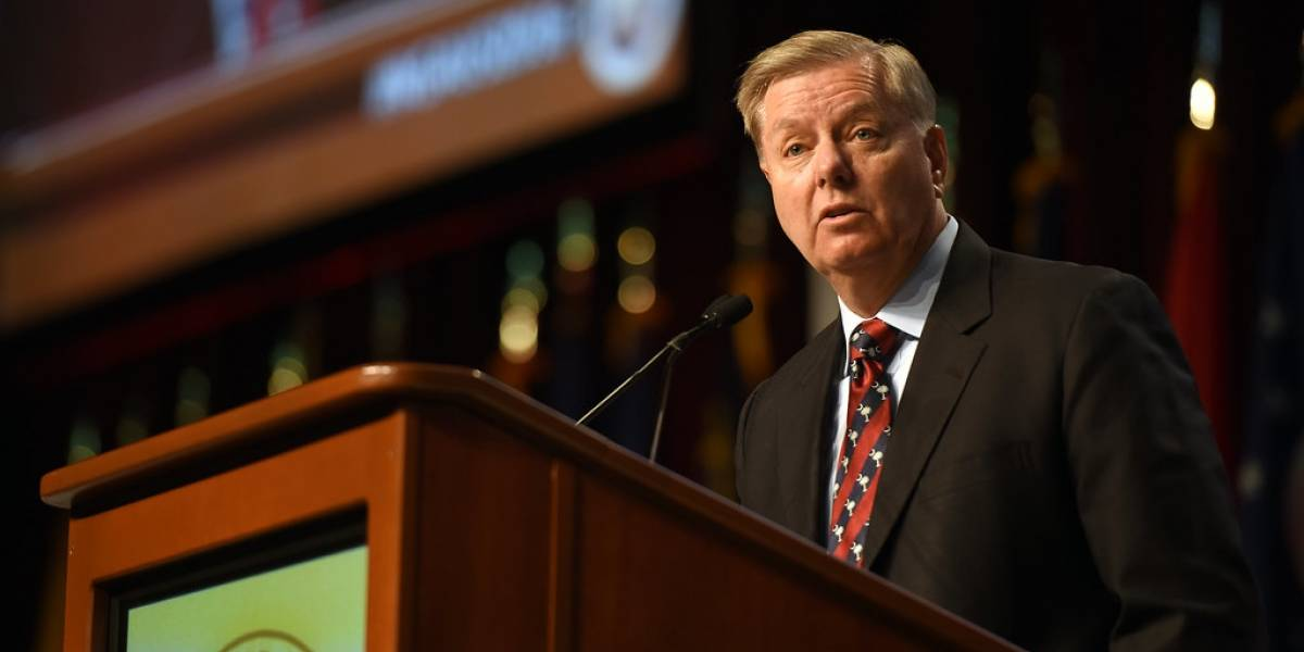 """Senador Graham asegura que Trump sigue siendo la """"fuerza más potente"""" del Partido Republicano"""
