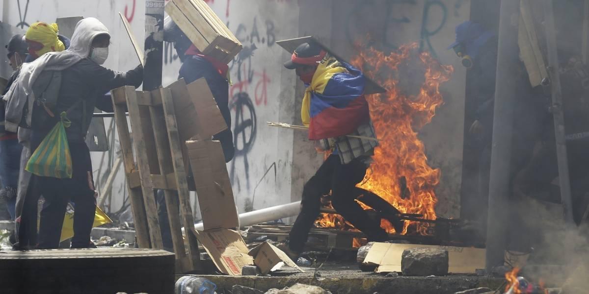 Violentas manifestaciones dejan 7 muertos en Ecuador