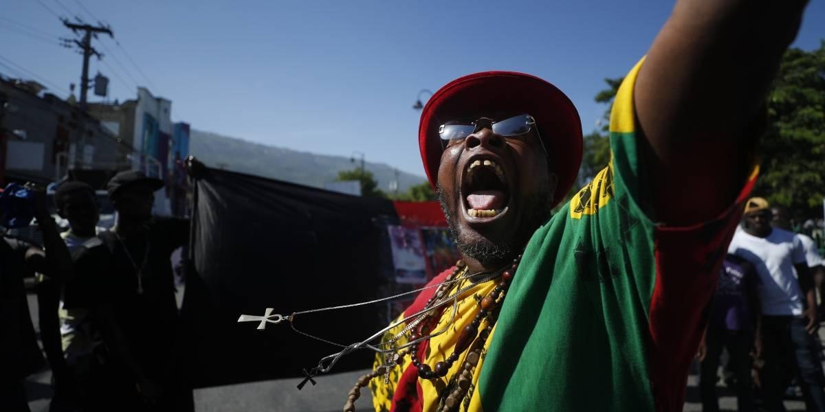 Continúan las protestas en contra del presidente de Haití