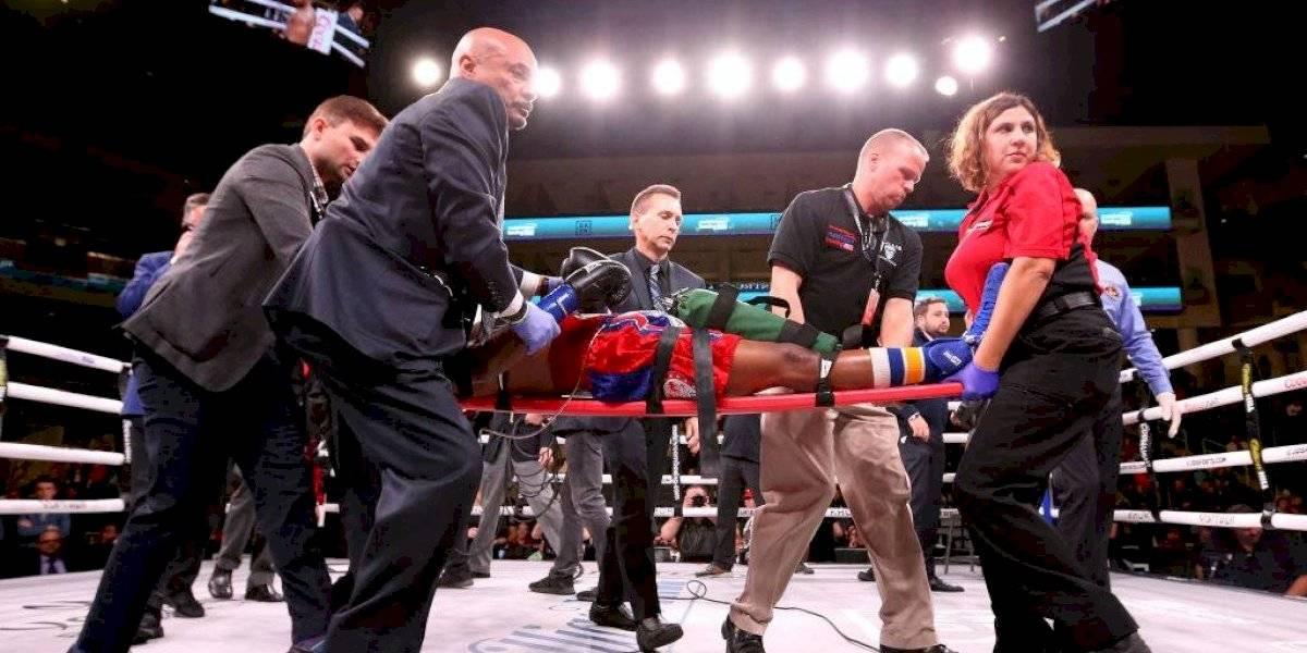VIDEO: Boxeador es hospitalizado tras sufrir tremendo nocaut