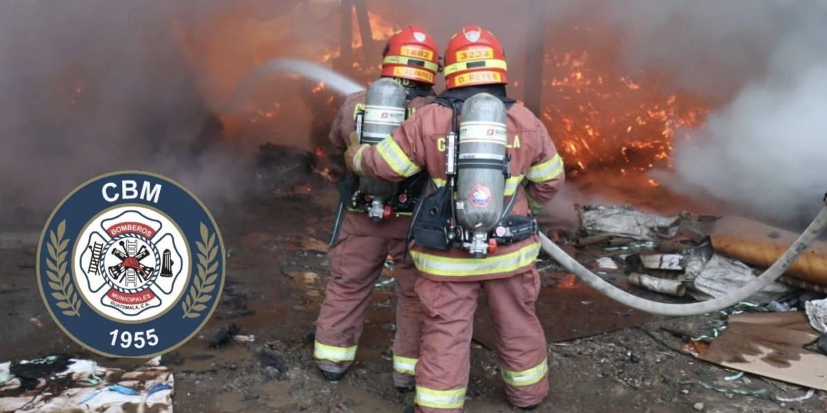 Se incendia empresa recicladora en la zona 3