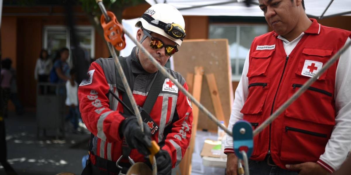 EN IMÁGENES. Conmemoran el Día internacional para la reducción de desastres