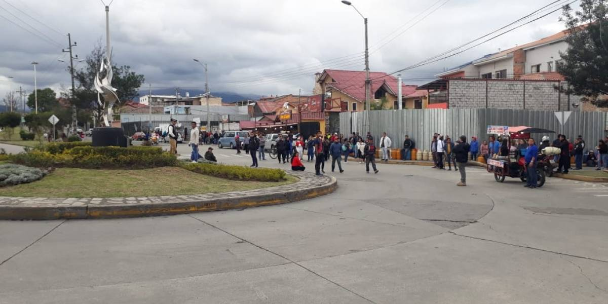 Falta de gas en Cuenca preocupa a los ciudadanos.