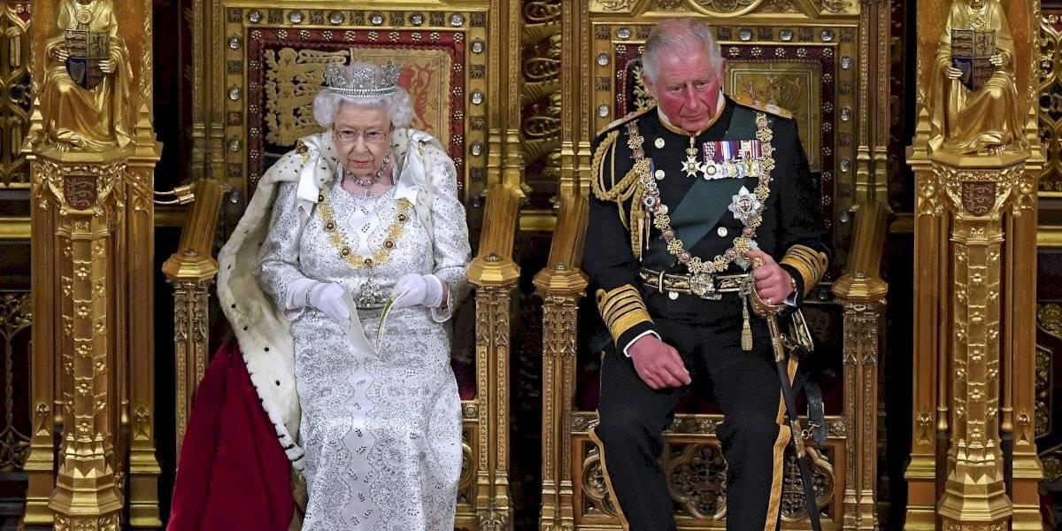 ¿El príncipe Carlos a la cabeza de la monarquía en dos años más? Así sería el plan de jubilación de Isabel II del Reino Unido