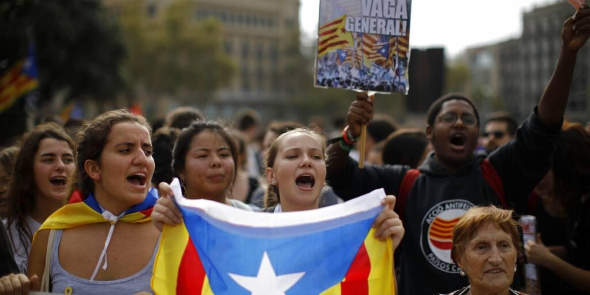 Protestas contra sentencia a líderes catalanes deja varios heridos
