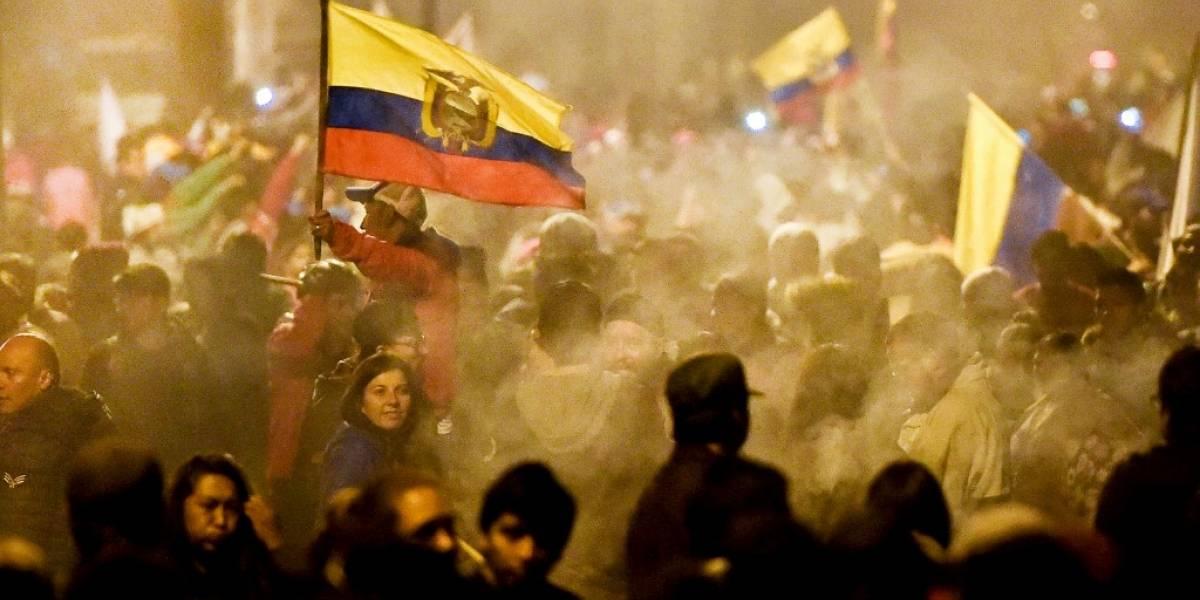 Ecuador pone fin aviolenta crisis tras acuerdo entre gobiernoe indígenas