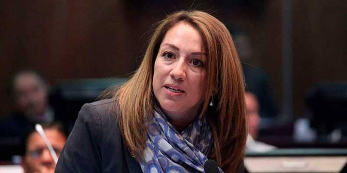 Embajada de México dio resguardo a asambleístas Soledad Buendía, Carlos Viteri y a otras cuatro personas más