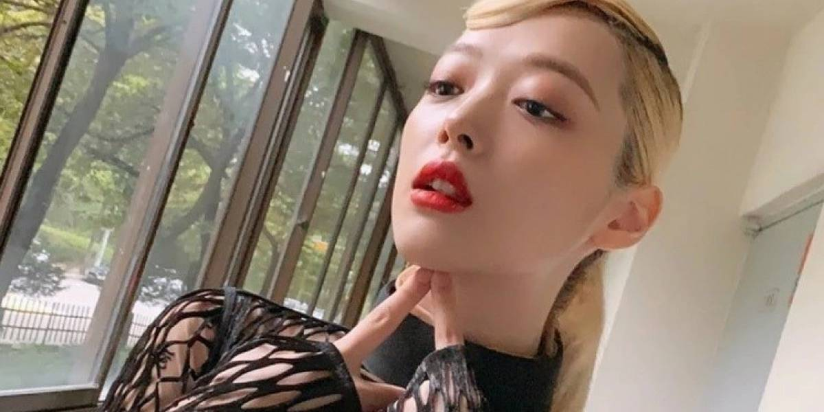 Hallan muerta a la estrella de K-Pop Sulli, quien era víctima de ciberacoso
