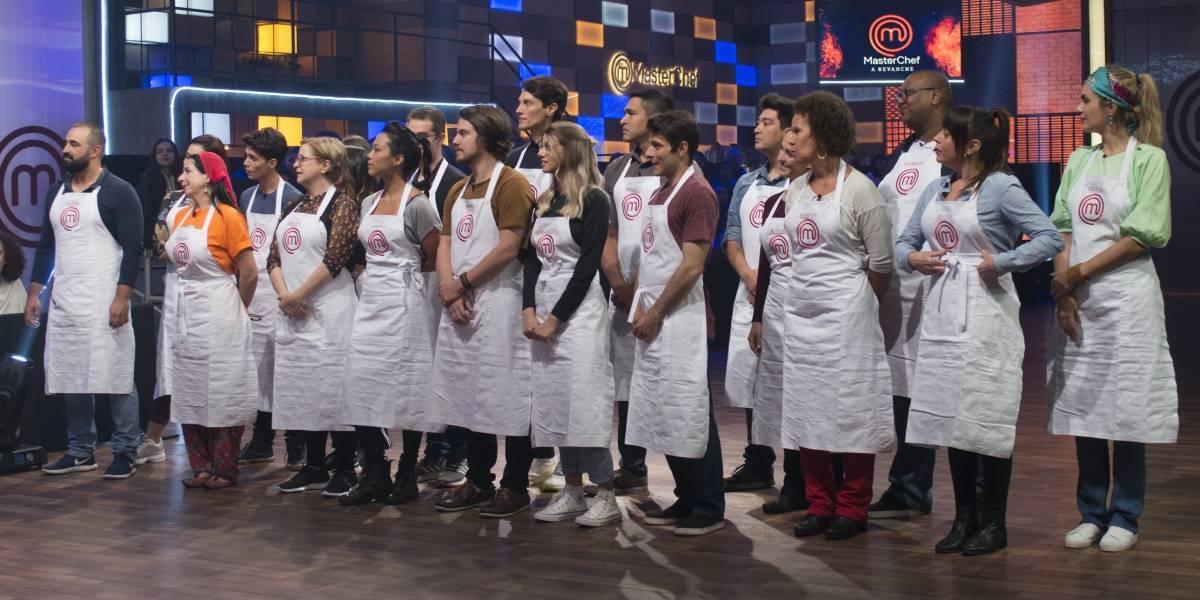 Duelos eliminam 10 participantes no primeiro episódio de MasterChef - A Revanche