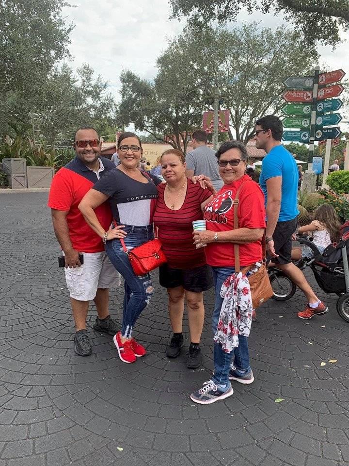 La Gran Pastelera de Yauco, Viña Hernández visita Orlando. Captura / Facebook