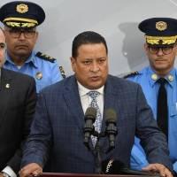 A cuarentena comisionado de la Policía por contacto con positivo a COVID-19