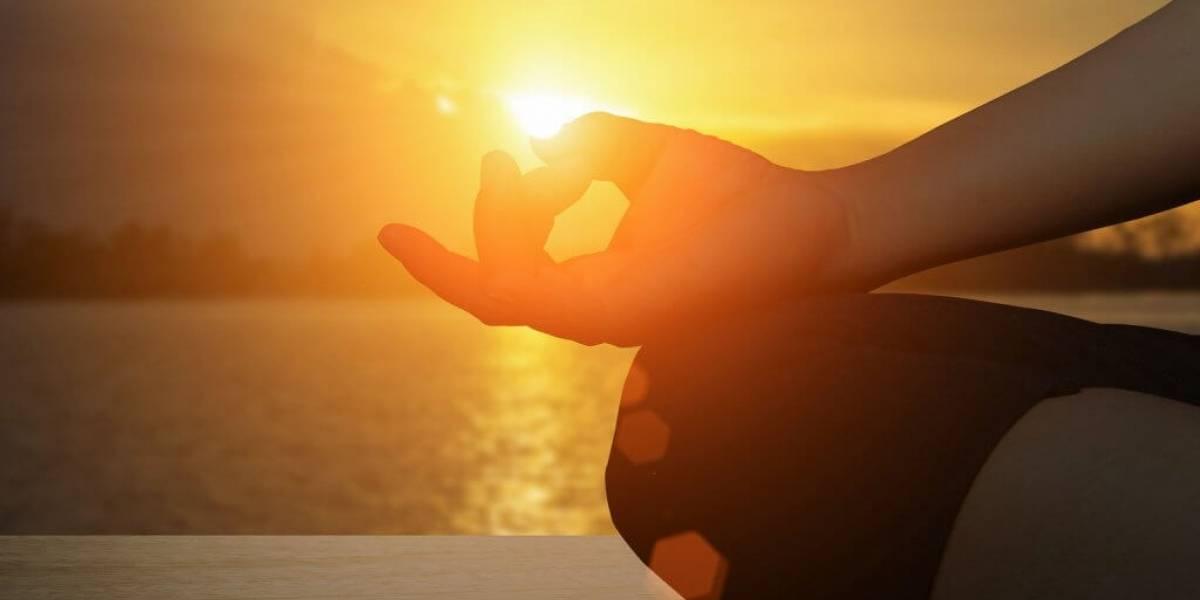 Yoga para relacionamentos: asanas para despertar o Amor