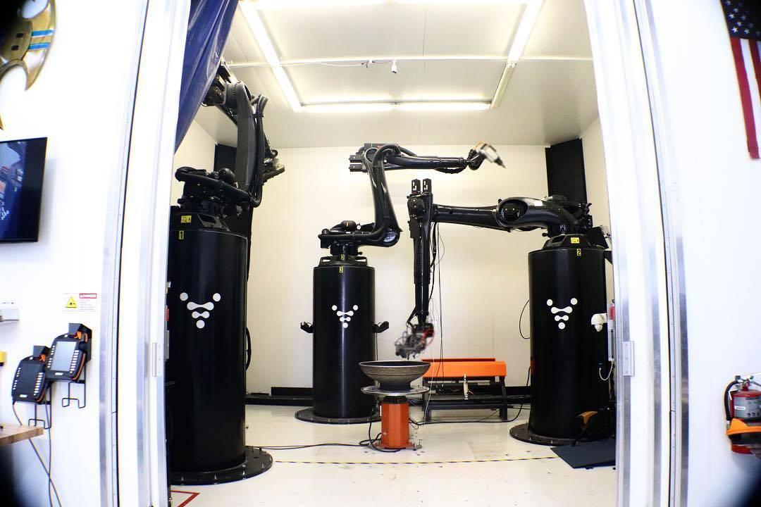 Desarrollan impresoras 3D con inteligencia artificial para construir cohetes en 60 días