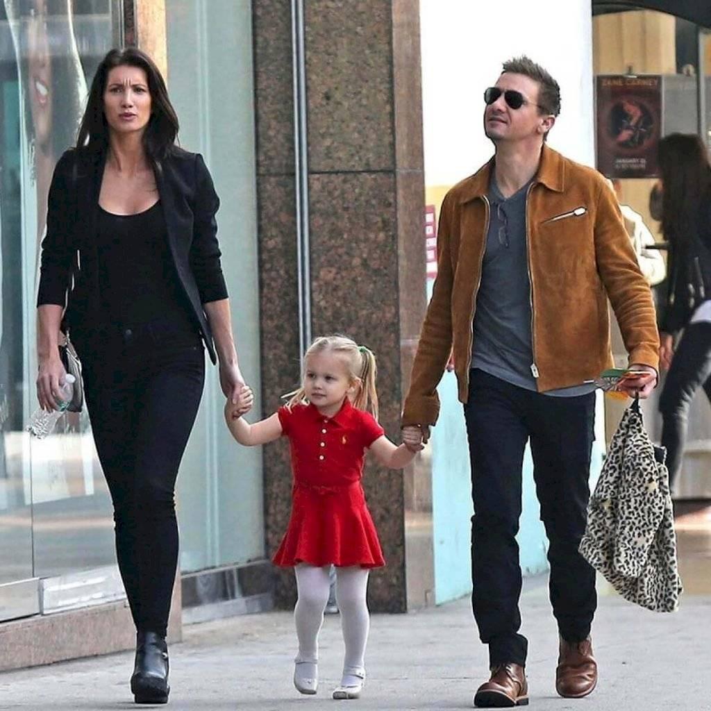 Jeremy Renner y su familia