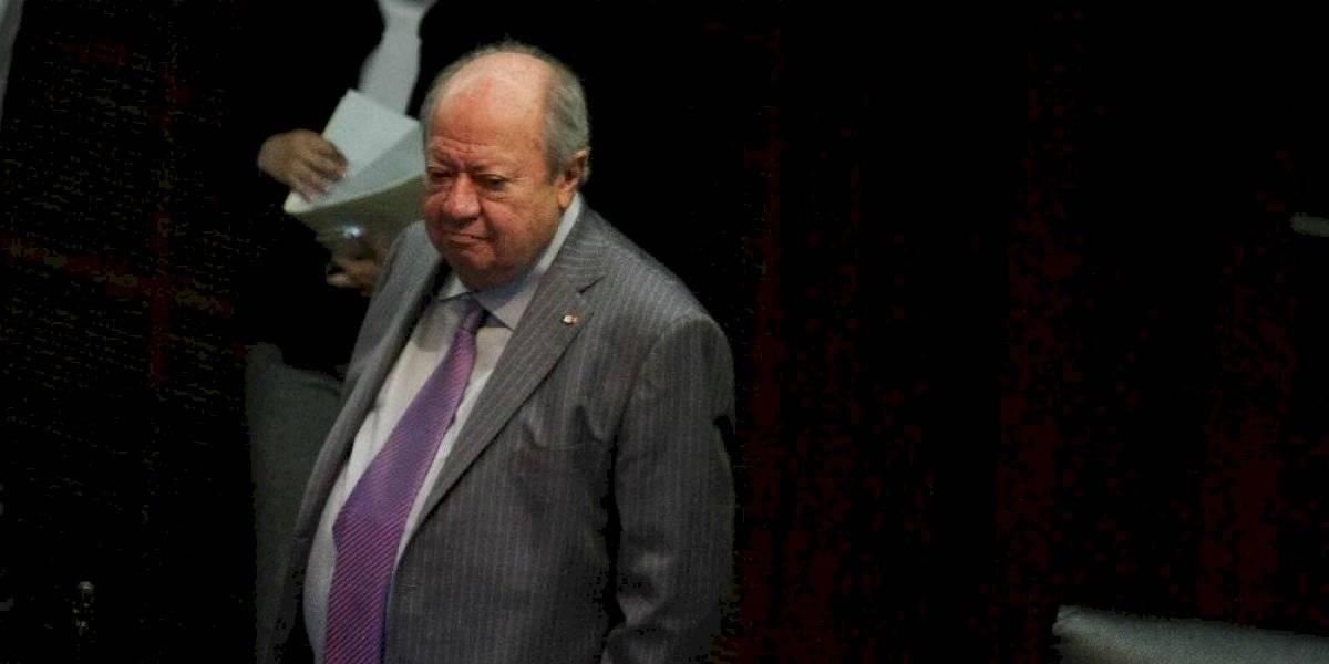 Los escándalos de Carlos Romero Deschamps al frente del STPRM