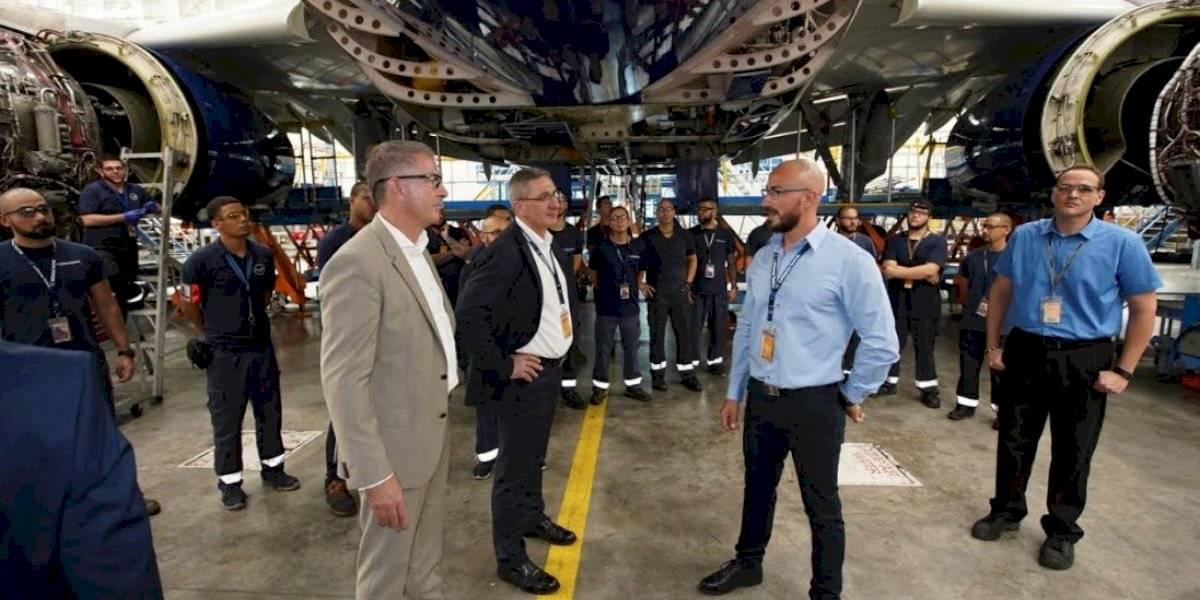 CEO de Lufthansa Group visita instalaciones de Lufthansa Tecnik Puerto Rico en Aguadilla