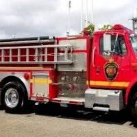Reportan incendio de grandes proporciones en la PR-8857 en Carolina