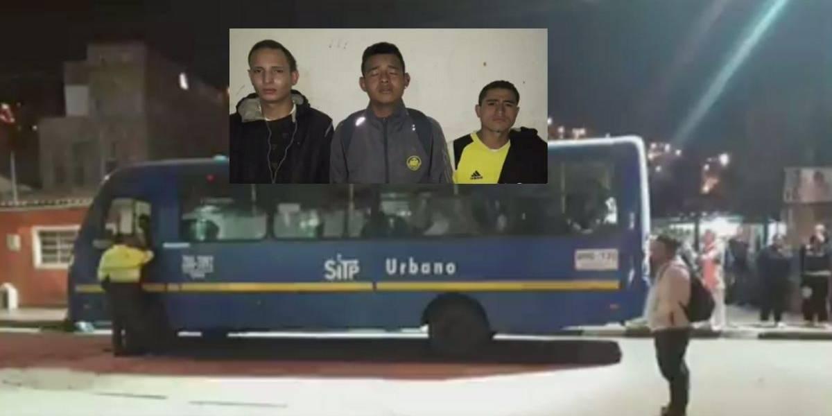 Tres delincuentes realizaron atraco masivo a bus de SITP