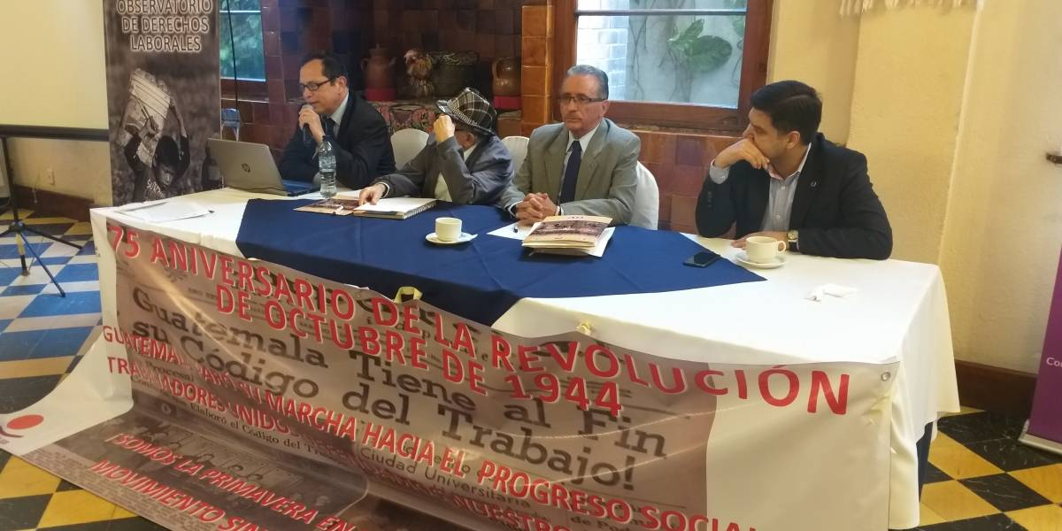 Sindicalistas demandan modernizar la economía