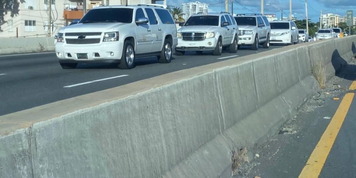 Reportan tapón en el expreso Baldorioty por manifestación de taxistas