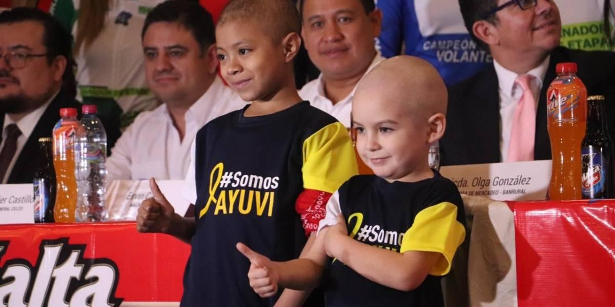 VIDEO. Niños de Ayuvi son homenajeados en presentación oficial de la 59 Vuelta Ciclística