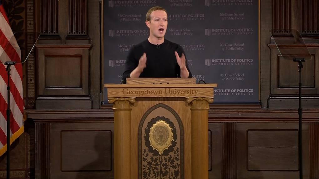Director de Twitter critica duramente a creador de Facebook luego de sus declaraciones