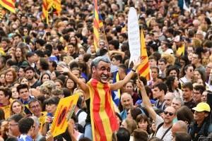 https://www.metrojornal.com.br/foco/2019/10/18/barcelona-tem-dia-de-greve-geral-e-confrontos.html