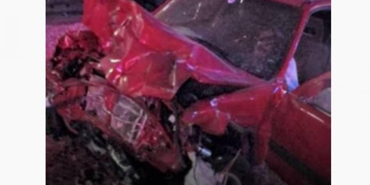 Patrullero salva a un hombre segundos antes de que su auto fuera embestido por un tren