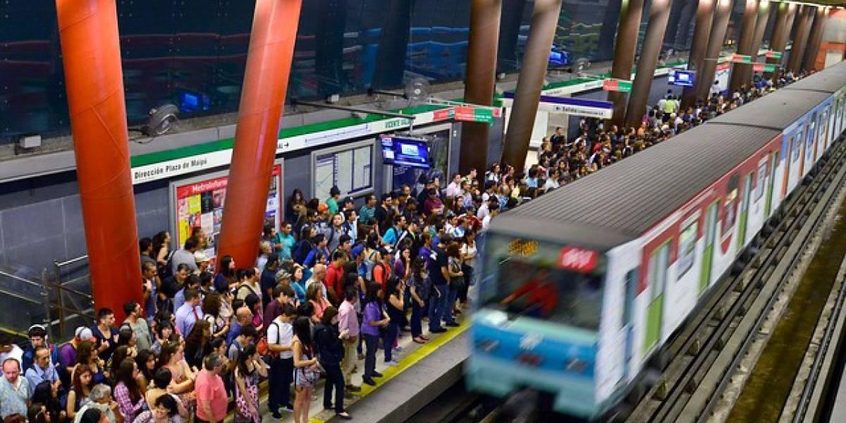 Coronavirus: ¿realmente es peligroso viajar en autobús, metro y avión?