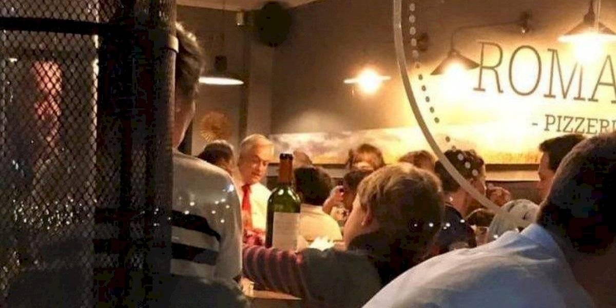 """""""Se fue una hora, también es un ser humano"""": Vocera de Gobierno blinda a Piñera por críticas a su salida a comer en medio del caos en Santiago"""