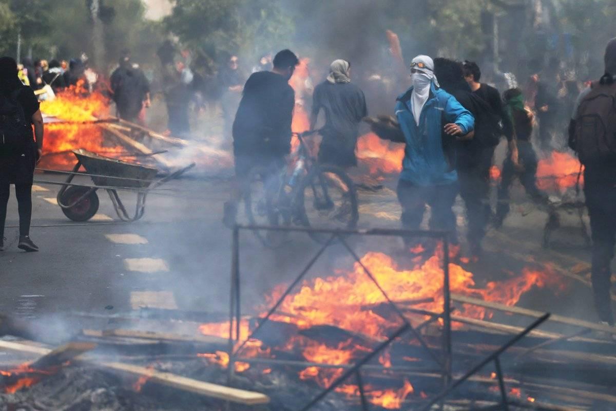 Suspenden circulación de buses en Chile ante violentas protestas EFE
