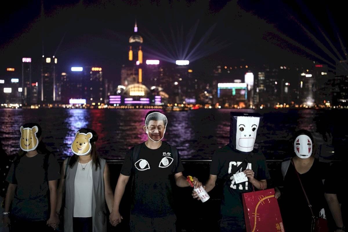 Las máscaras se han convertido en un elemento imprescindible de las protestas en Hong Kong