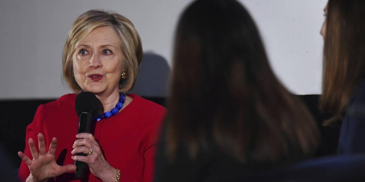 Pesquisa de email de Clinton detecta numerosas infracciones