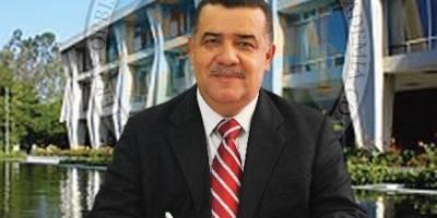 Estuardo Gálvez, exrector de la Usac.