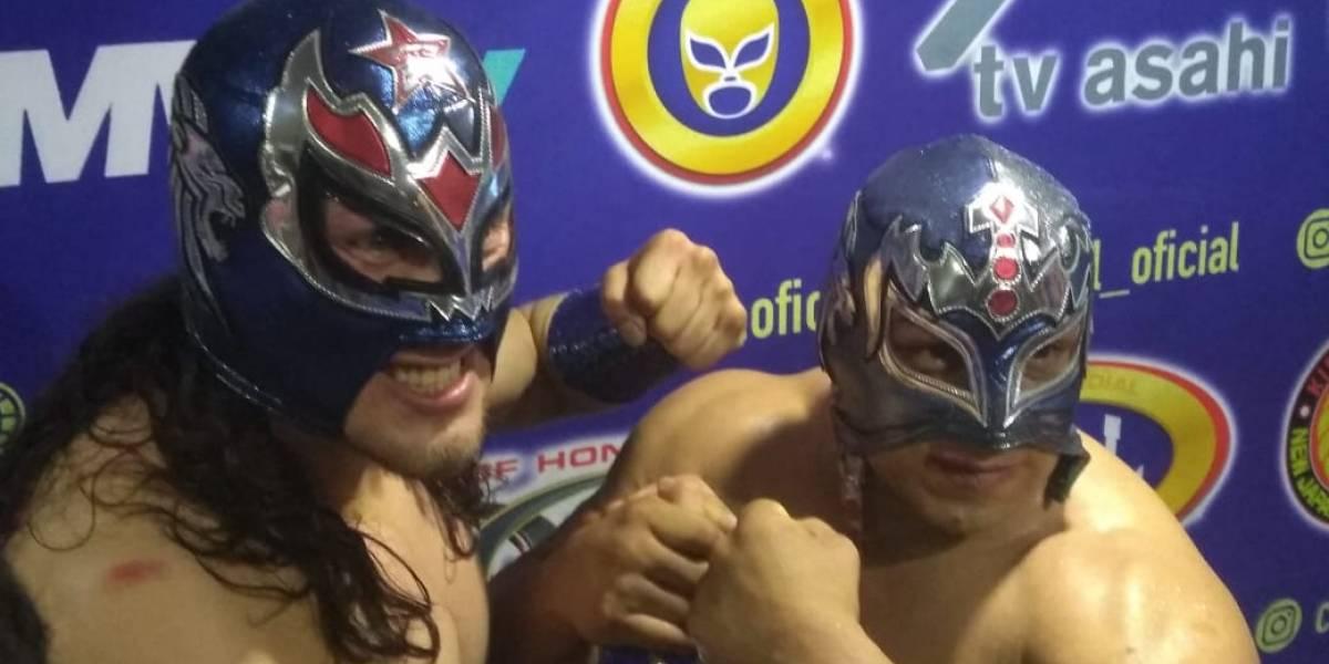 """Star Jr. y Valiente conquistan la """"Gran Alternativa"""" en la Arena México"""