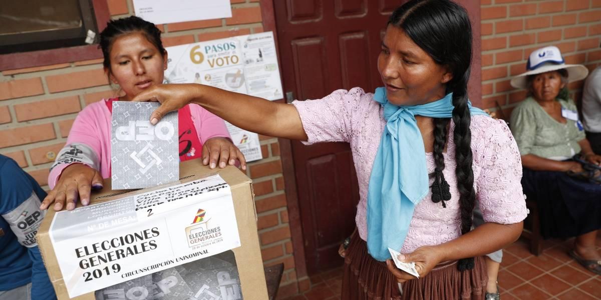 Bolivia inicia conteo de votos tras elección presidencial