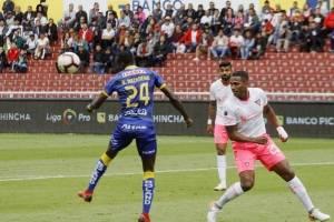 Liga de Quito vs Delfín: Los 'albos' empataron con autogol cetáceo