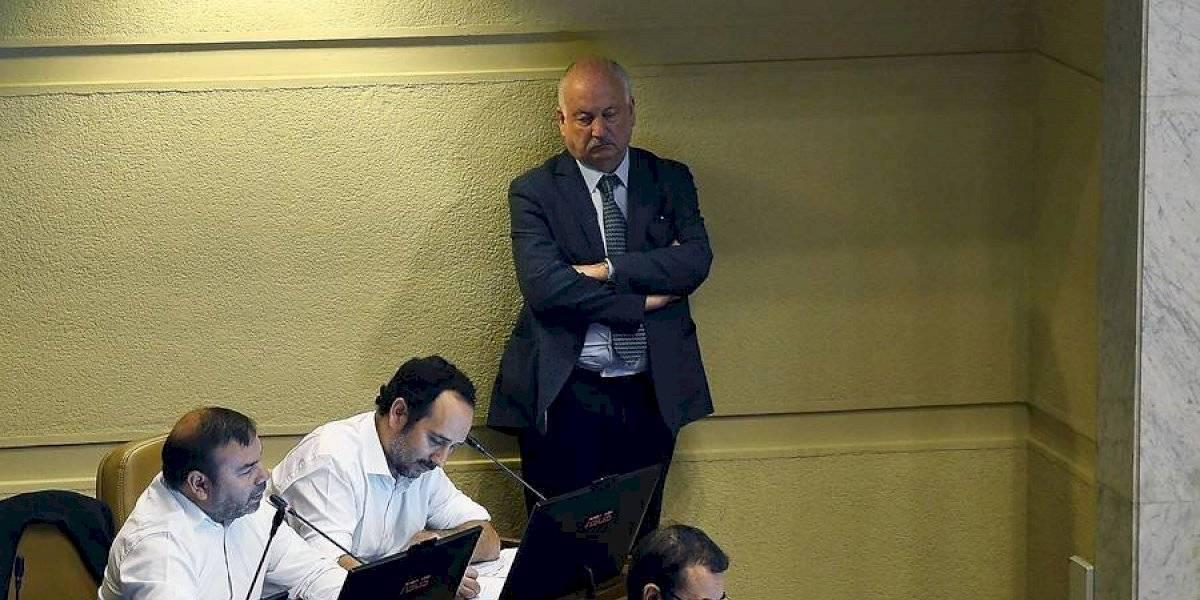 """""""Si es que lo pide la ciudadanía, lo vamos a hacer"""": PC anuncia que trabaja en acusación constitucional contra Piñera"""