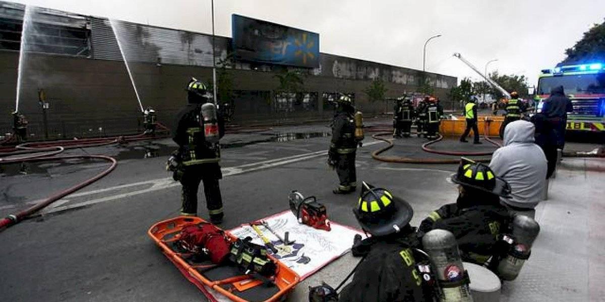 Confirman tercer fallecido por incendios en supermercados: fue encontrado en un Líder de Matucana