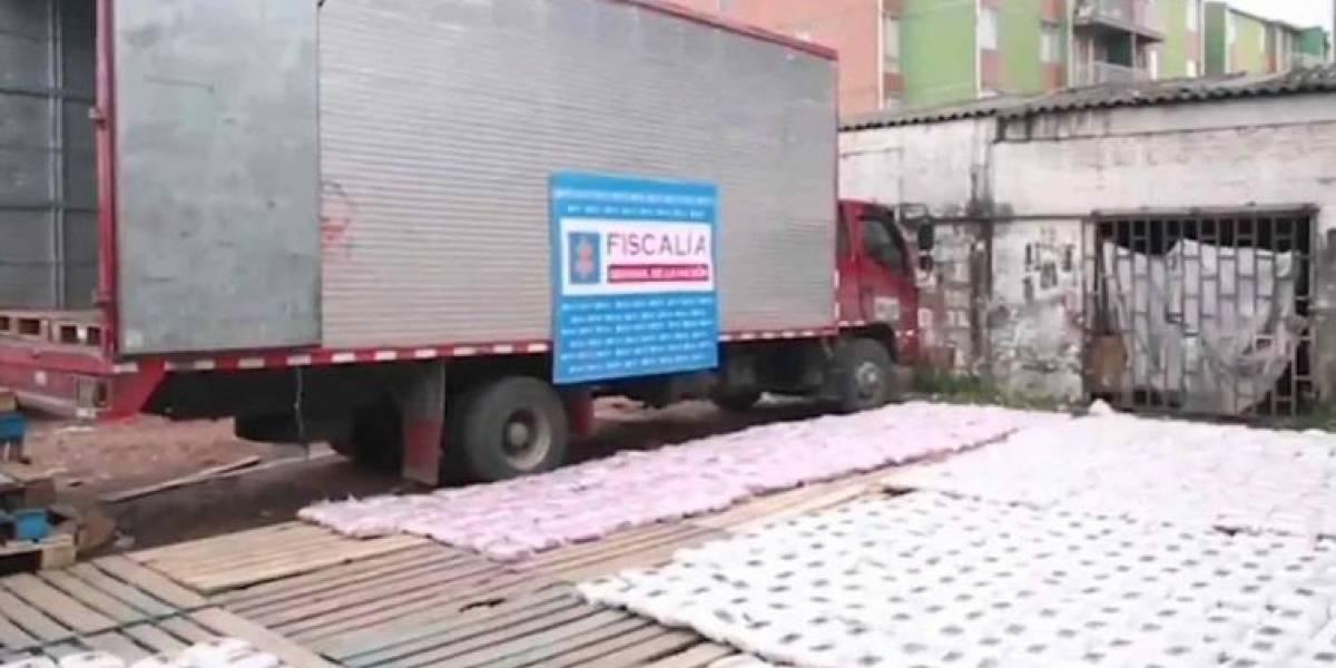 Encuentran camión con media tonelada de marihuana en Bogotá