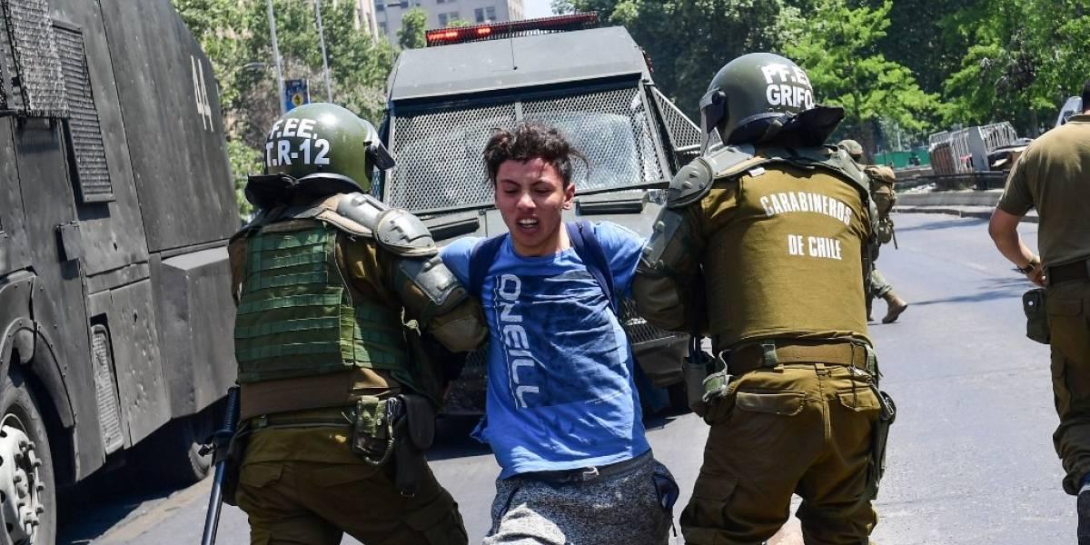 VIDEO. Violentas protestas en Chile dejan dos muertos y más de mil detenidos