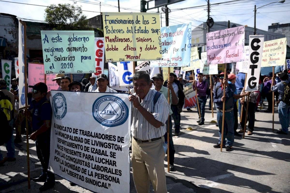 Sindicalistas y trabajadores participaron en la marcha del 20 de octubre. Foto: Oliver de Ros