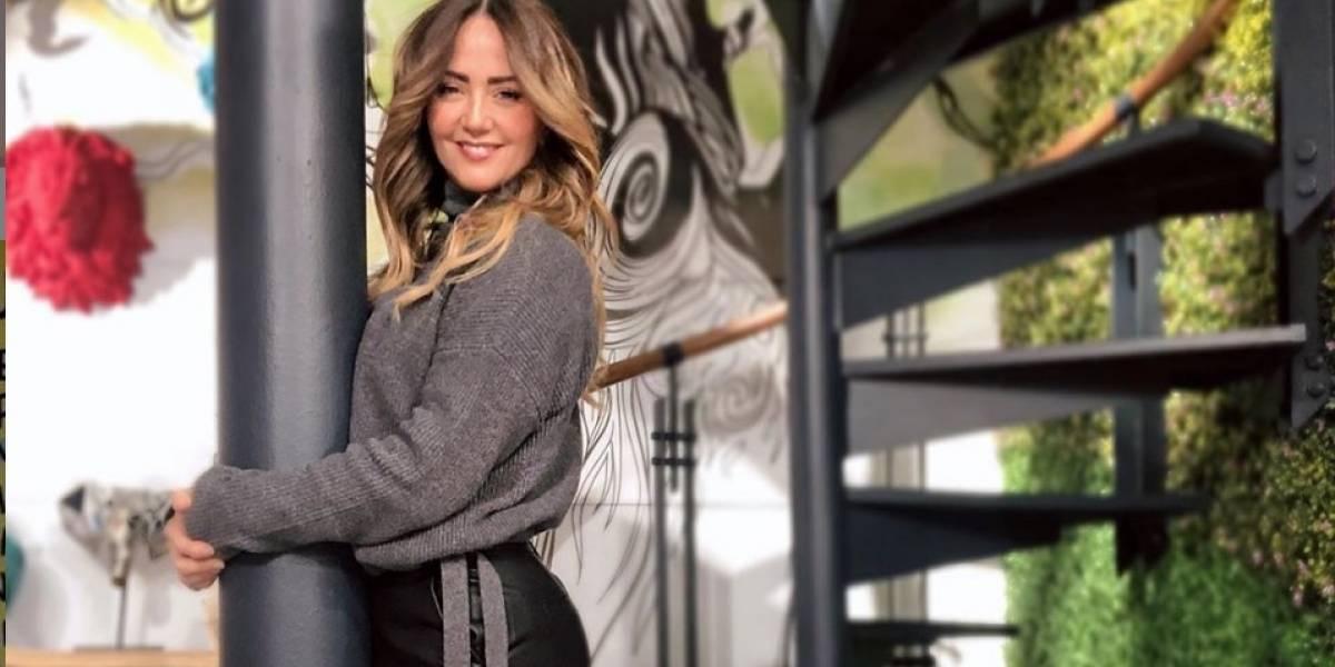 Andrea Legarreta se desnuda y hace un llamado a las mujeres