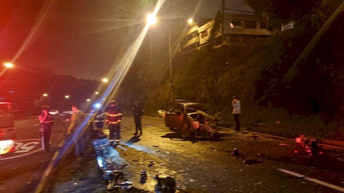Quito: Un fallecido y ocho heridos dejó dos accidentes de tránsito en la madrugada ECU 911