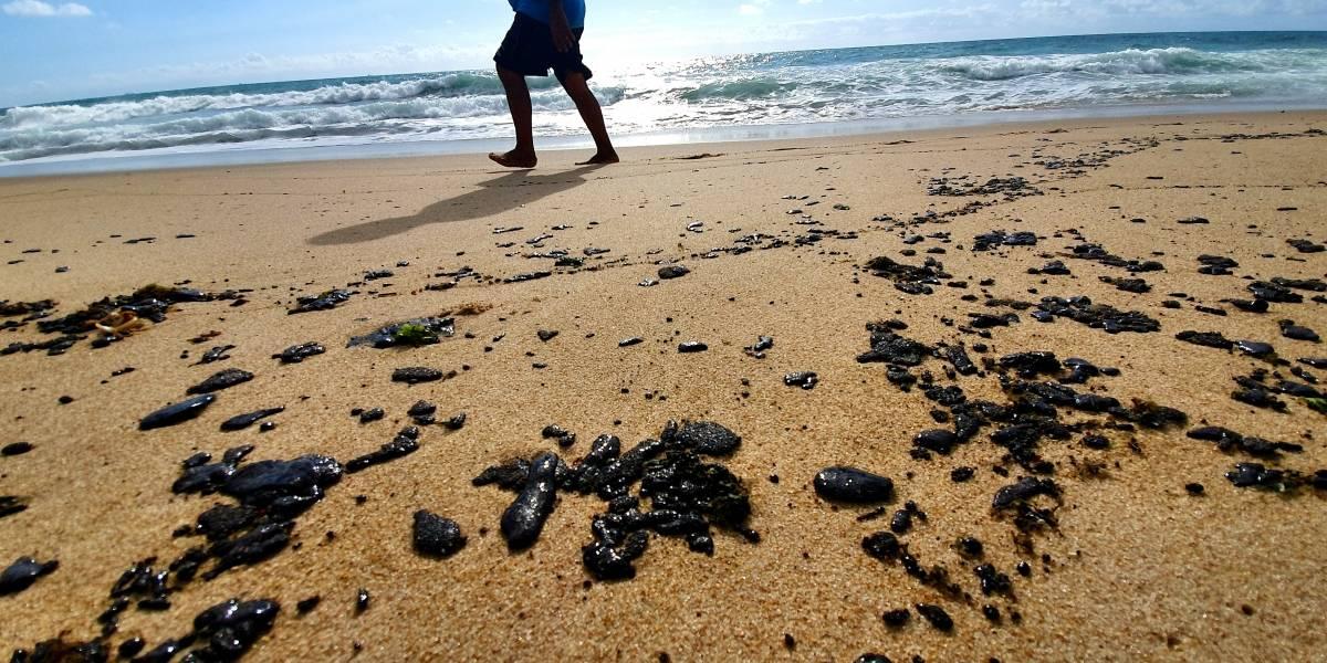 Marinha inicia investigação para auxiliar pessoas intoxicadas pelo óleo em Pernambuco