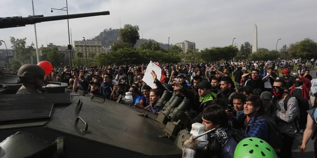 Protestos no Chile geram cancelamento de voos entre São Paulo e Santiago